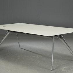 Konferenztisch / Esstisch, Fritz Hansen Modell T-N - Todd Bracher