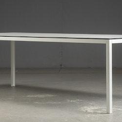 Konferenztisch / Esstisch - weißes Laminat und schwarzer Rand - 242 cm