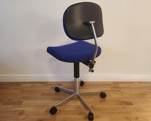 Bürostühle, Fritz Hansen Kevi Chair - Design Jörgen Rasmussen