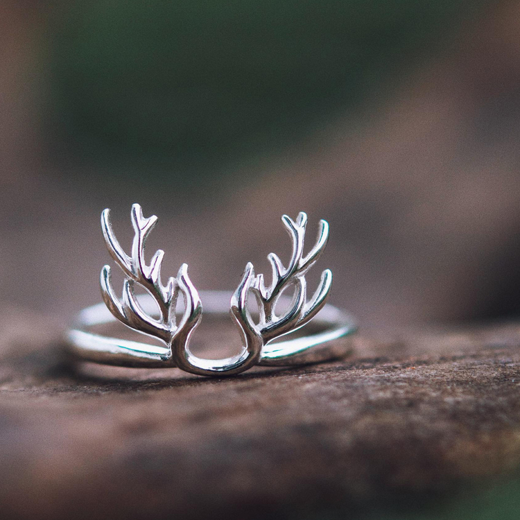 Thea ring