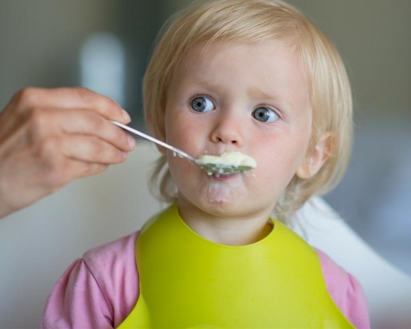 Att lära sig äta själv