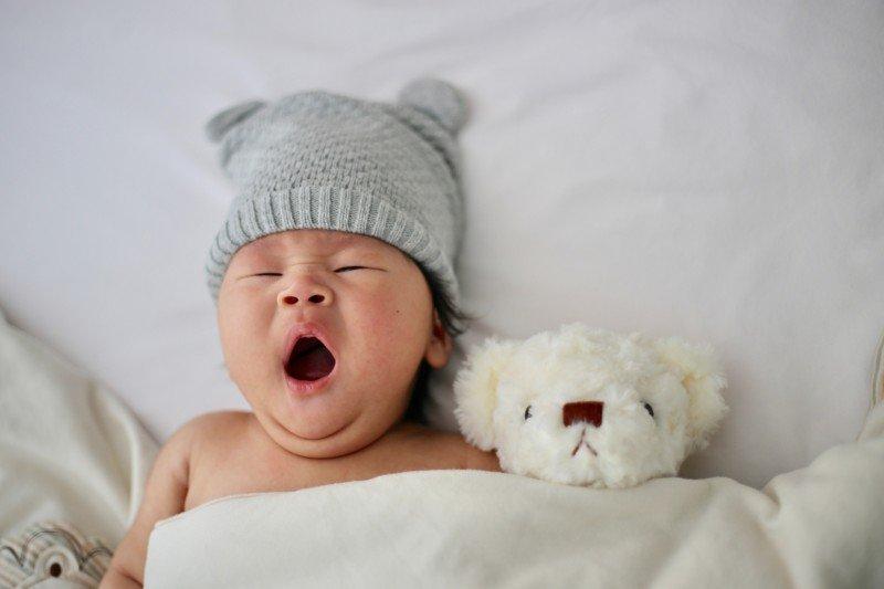 Vad behöver en nyfödd bebis? Internets ärligaste inköpslista.