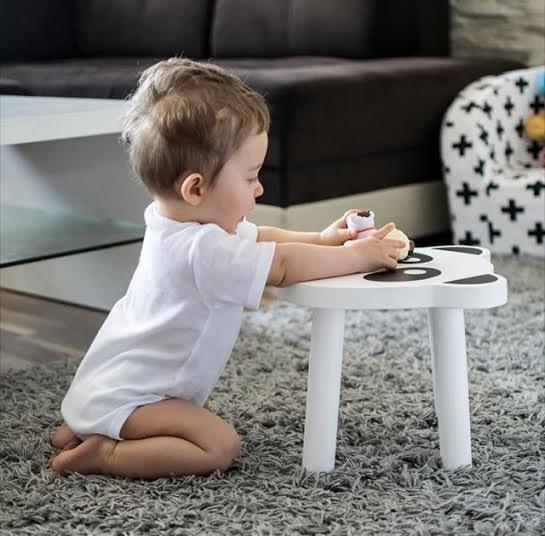 Ditt barn är ett år, vad bör finnas i barnrummet?