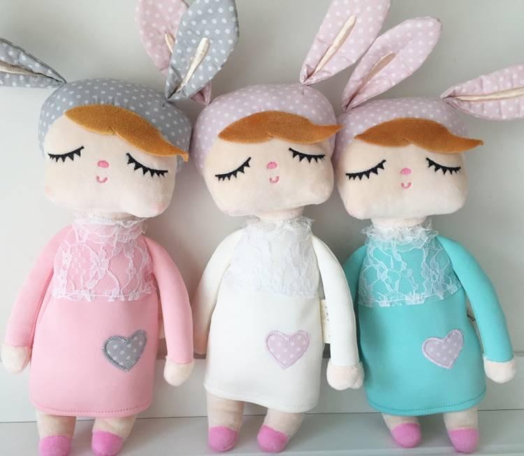 Rosa kanindocka färgad kanindockor