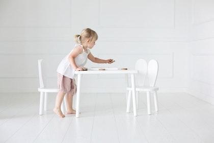 Kaninstol och bord - möbelset för barn skadat, Little Nomad