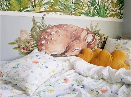 Väggdekor, väggklistermärken sovande rådjur