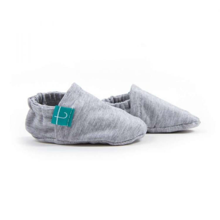 Mockasiner newborn grey barn färgglada mockasiner