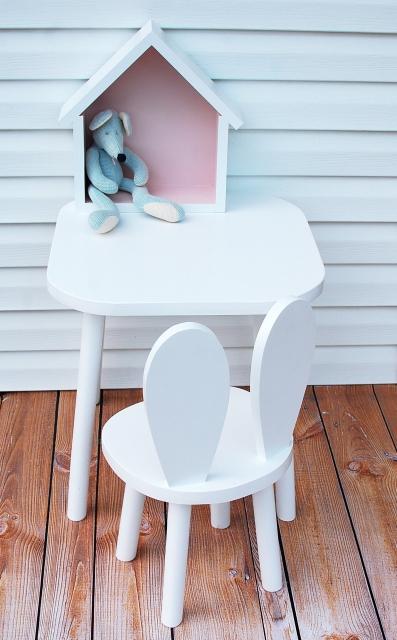 Set om två kaninstolar för större barn , vit möbelset för barn, kaninstol och bord