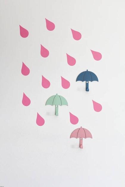 Vägghängare i metall till barnrummet, set om 3, Paraplyer