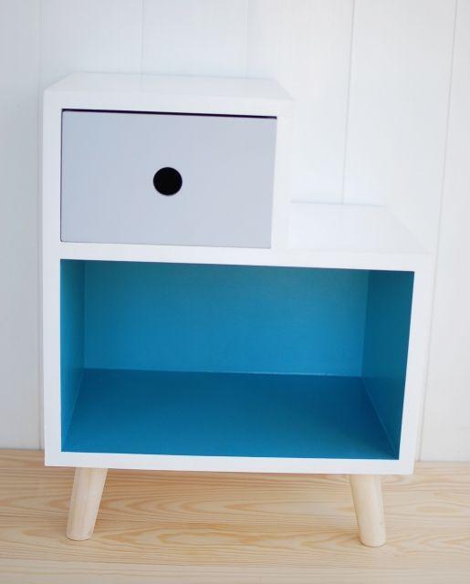 Sängbord till barnrummet - Kameleont Blå Sängbord till barnrummet
