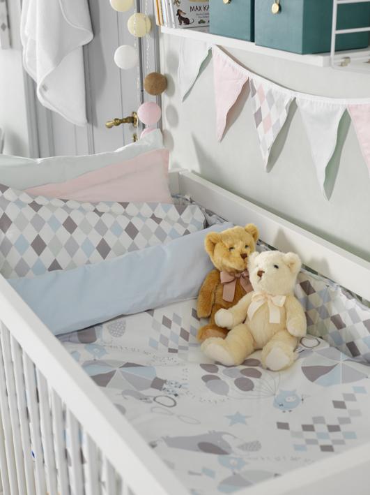 Vimpel till barnrummet, NG baby harlequin rosa