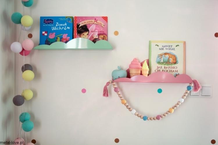 Molnhylla/bokhylla i metall till barnrummet, mint