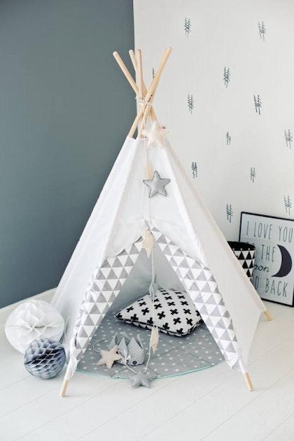 Lektält tipi - grå&vit trianglar, little nomad