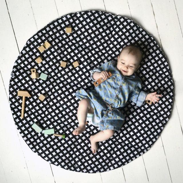Lektält matta, lekmatta svart hjul, little nomad