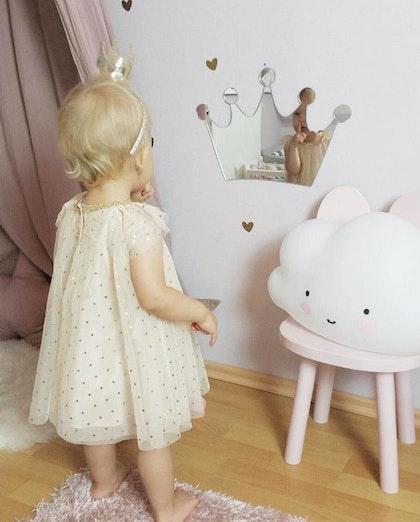 Spegel liten prinsesskrona till barnrummet