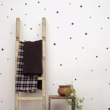 Väggklistermärken svarta stjärnor 39 st
