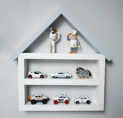 Hylla litet garage