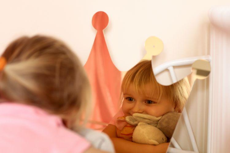 Spegel stor guld prinsesskrona till barnrummet