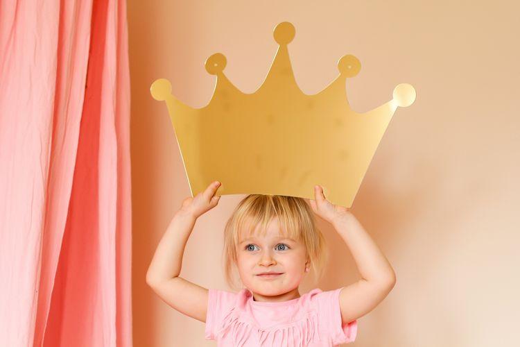 Spegel stor guld prinsesskrona till barnrummet guld prinsesskrona