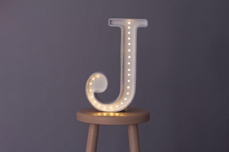 Nattlampa till barnrummet bokstav J - lampa, Little Lights