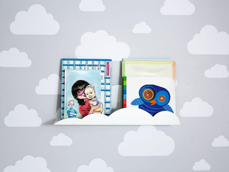 Vit molnhylla/bokhylla i metall till barnrummet Vit molnhylla/bokhylla i metall till barnrummet