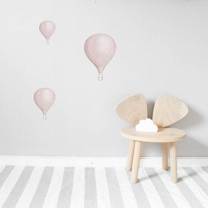Gammelrosa Luftballonger väggklistermärken, Stickstay