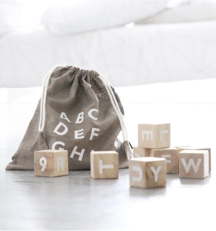 Träklossar alfabet – vit, Ohh noo