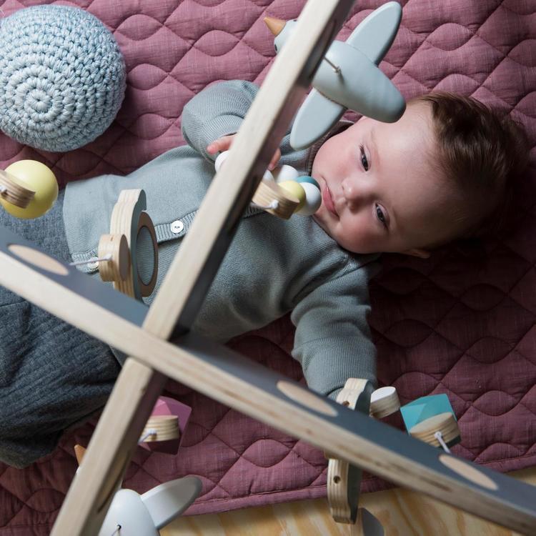 Babygym i trä grå, Sebra