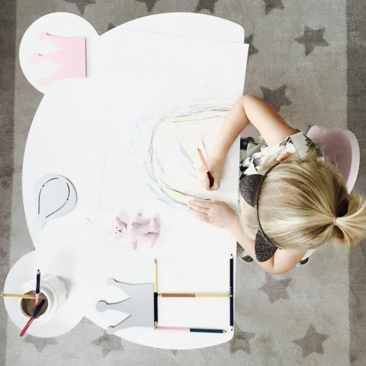 Bord vit björn, bord till barnrummet Bord vit björn, bord till barnrummet