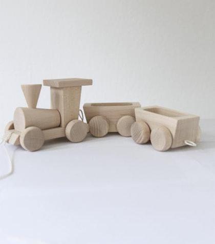 Tåg med vagnar träleksak, Ella & Frederik
