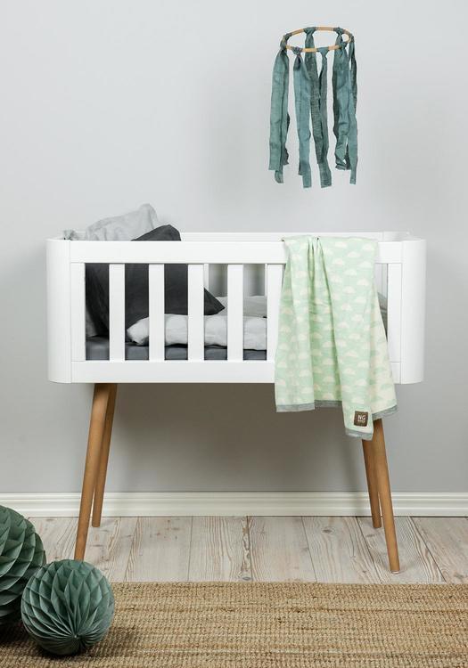 Troll babysäng, retro crib i vitt och trä vit babysäng