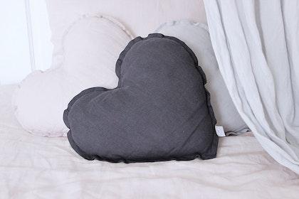 Kudde graphite hjärta av linne, Cotton&Sweets