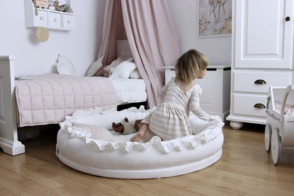 Cotton & Sweets, vit junior nest i 100% linne