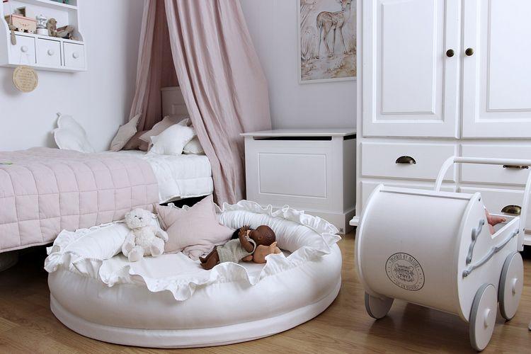 Cotton & Sweets vit junior nest i 100% linne