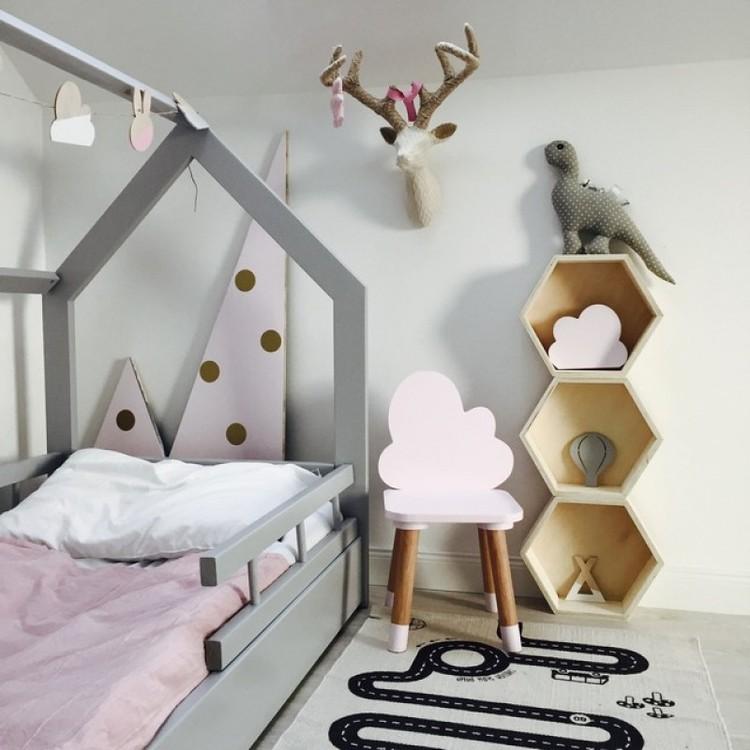 Möbelset två molnstolar, Möbelset till barnrummet