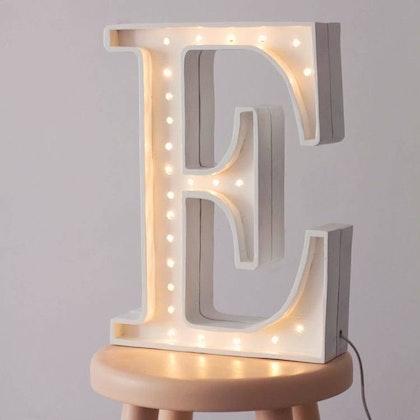 Nattlampa till barnrummet bokstav E - lampa, Little Lights