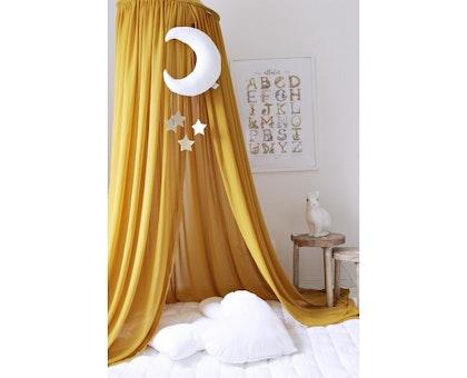 Mustard sänghimmel till barnrummet med ljusslinga, Cotton&Sweets