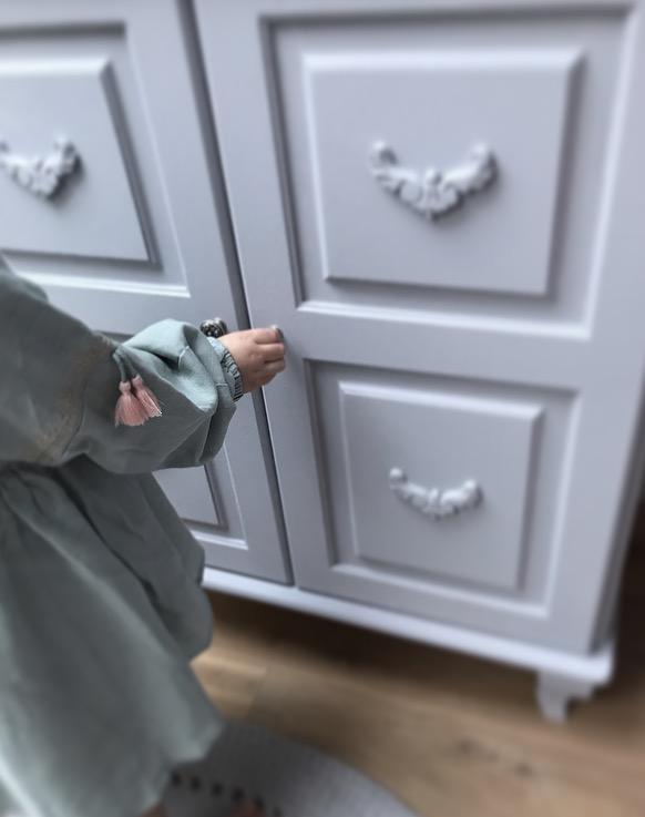 Byrå till barnrummet, Melody skåp grå