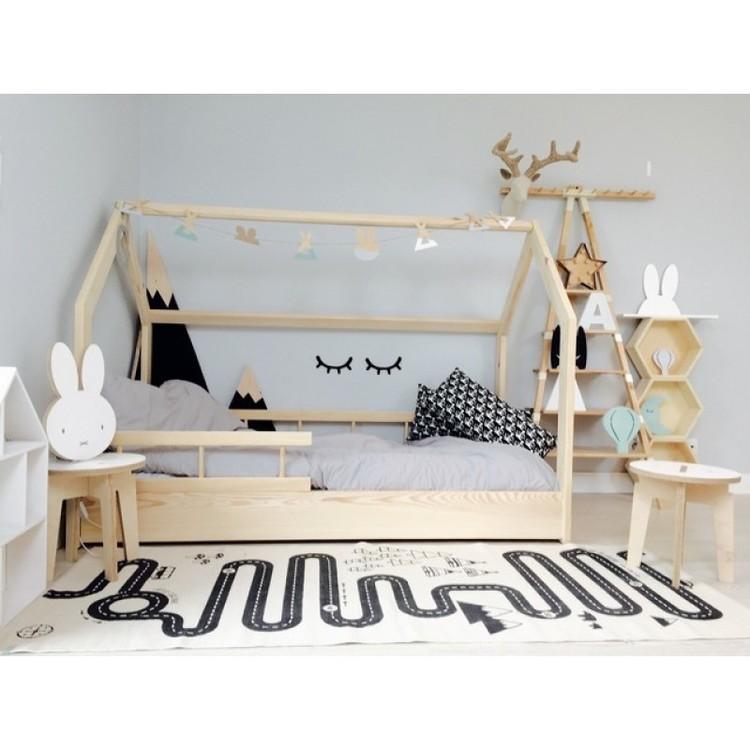Hussäng naturfärgad till barnrummet säkerhetsskena Hussäng naturfärgad