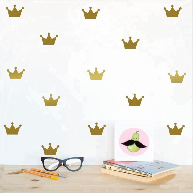 Guld princesskronor väggklistermärken