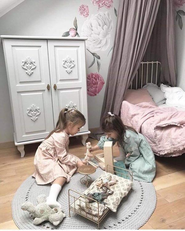 Byrå till barnrummet, Charlotte grå skåp