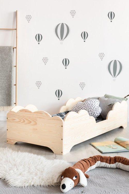 Säng till barnrummet , BOX10