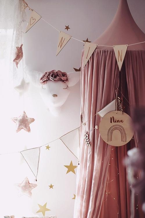 Djurhuvud magisk rådjur, väggdekoration till barnrummet