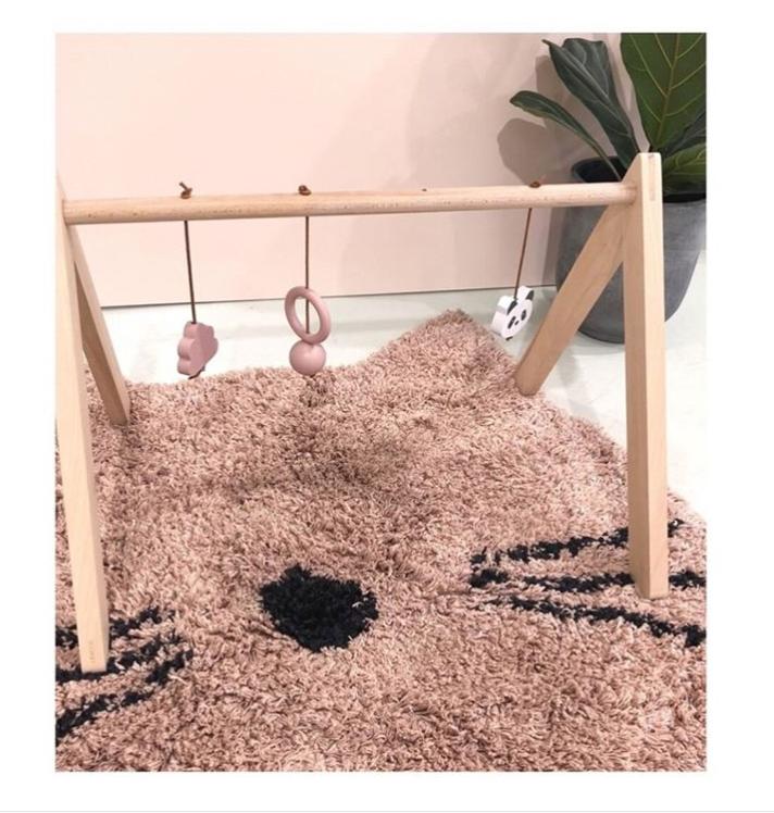 Liewood, matta rosa katt till barnrummet