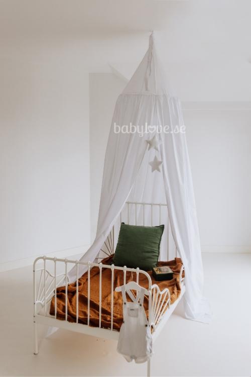 Babylove, Vit sänghimmel med ljusslinga