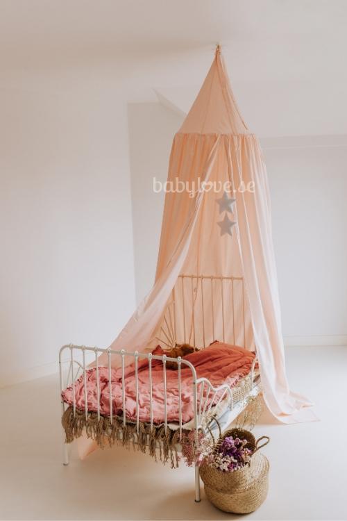 Babylove, peach sänghimmel med ljusslinga