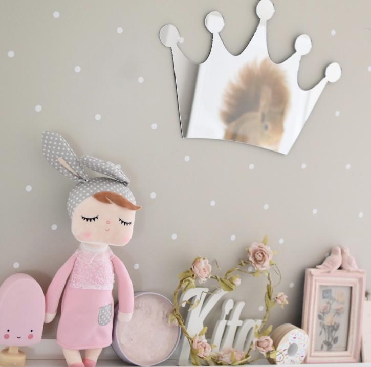 Spegel prinsesskrona till barnrummet