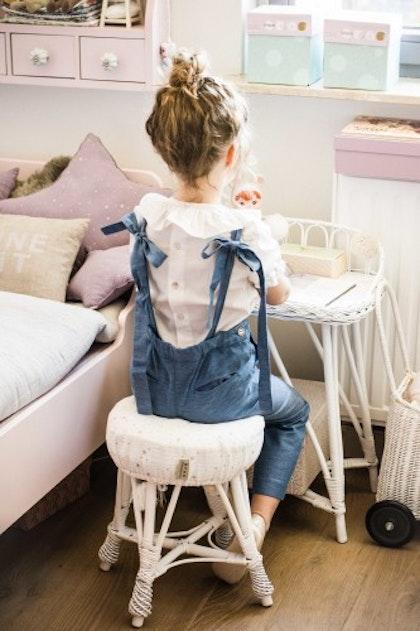 Lilu, skrivbord i rotting till barnrummet, vit
