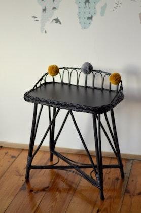 Lilu, skrivbord i rotting till barnrummet, graphite