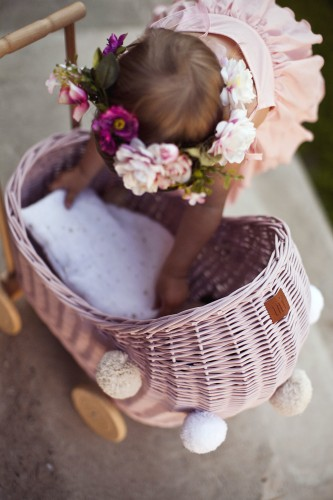 Lilu, dockvagn i rotting, rosa